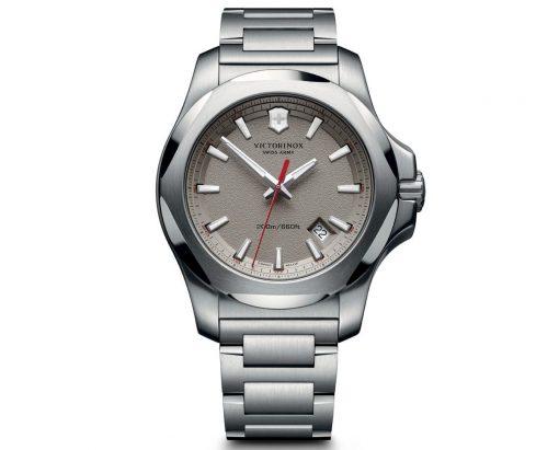 Đồng hồ Victorinox 241739