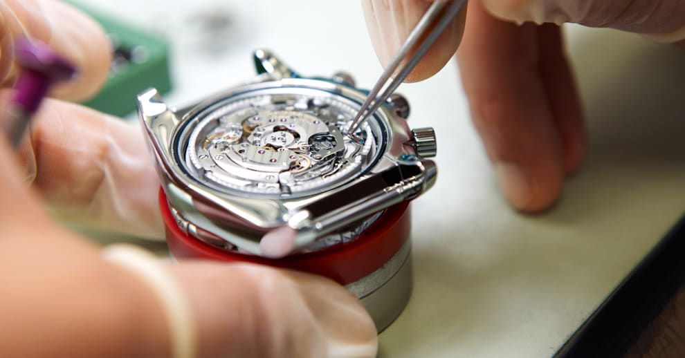 Top 3 điều kiện được thay pin đồng hồ trọn đời tại Erawatch