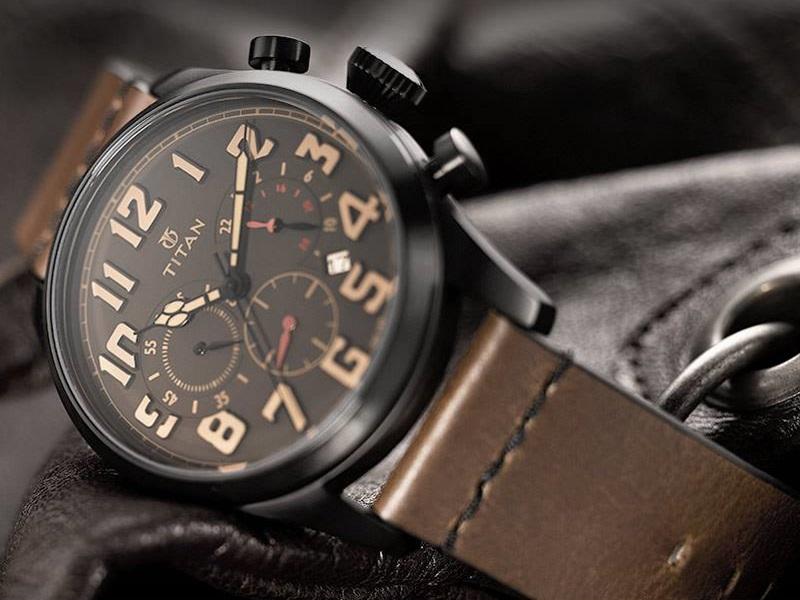 Đồng hồ Titan: Top 5 bí ẩn không được công bố
